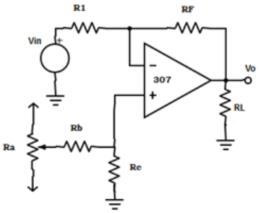 AC amplifier with external offset voltage compensating network